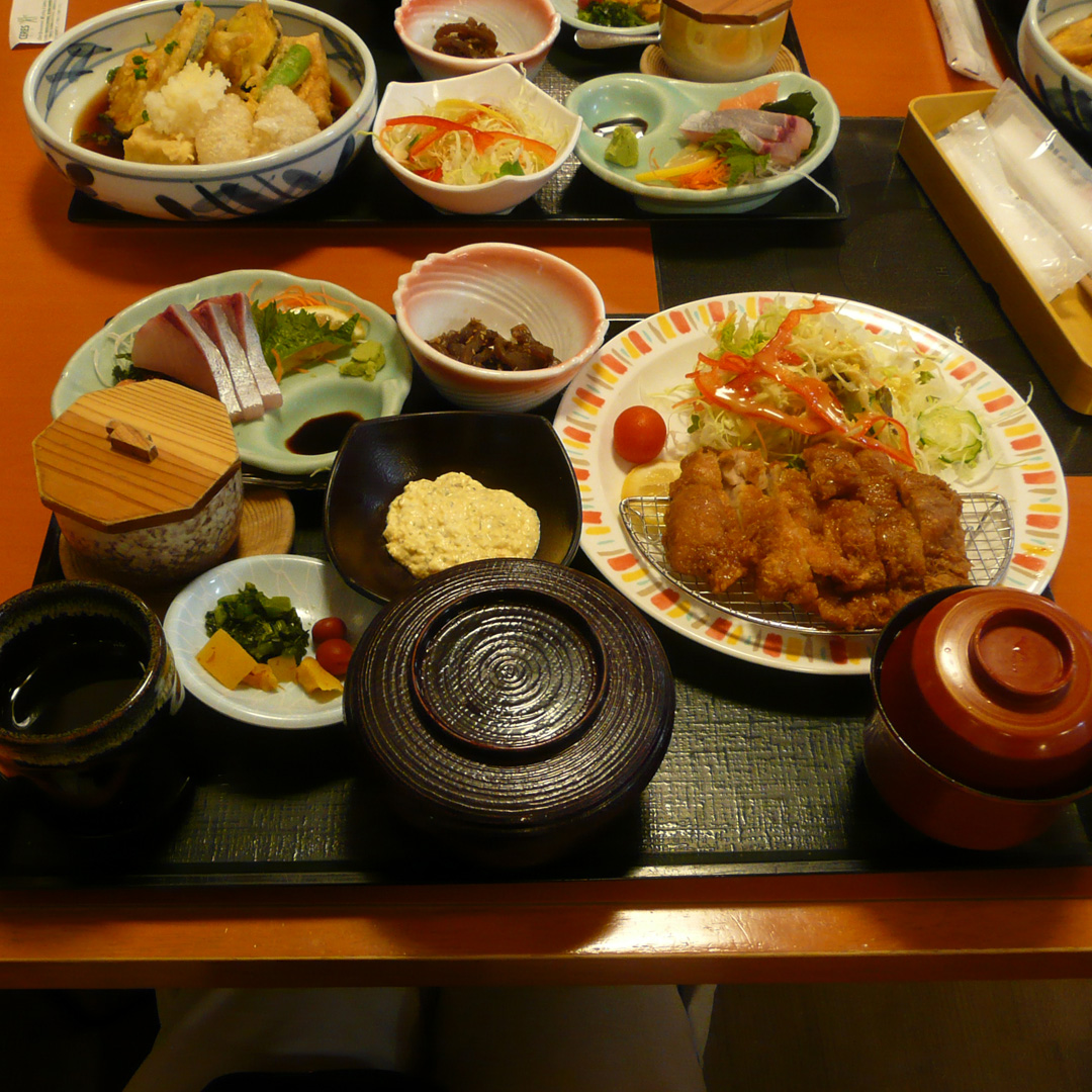 チキン南蛮定食【食処さんぞくや】
